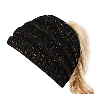NEW! CABLE KNIT PONYTAIL BEANIE!